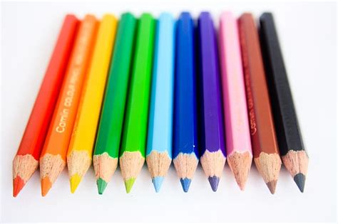 Pensil Warna 12 Color free photo pencils colors green blue black free image on pixabay 166921