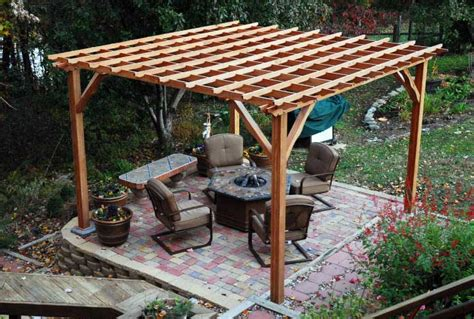 Build A Simple Pergola by How To Build A Backyard Pergola Simple Diy Woodworking