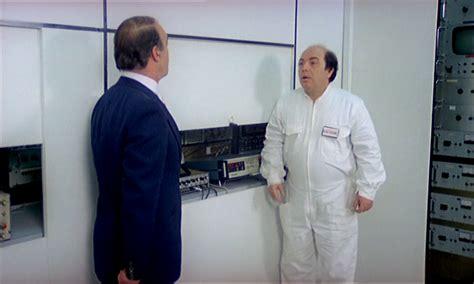 recensione vieni avanti cretino 1982 vieni avanti cretino 1982 dvdrip 576p ita 1 3 gb hd4me