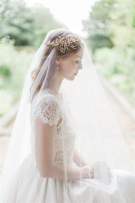 vintage style wedding accessories uk top tips for finding your bridal hair accessories