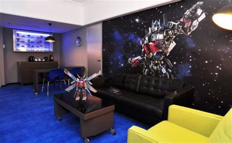 transformers theme room by hasbro in hilton hotel in peru the gypsynesters would you stay at a panda hotel