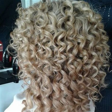 can you spiral perm hair best 25 spiral perms ideas on pinterest perms curly
