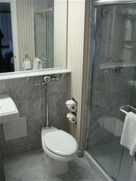 bathroom picture of warwick allerton chicago chicago
