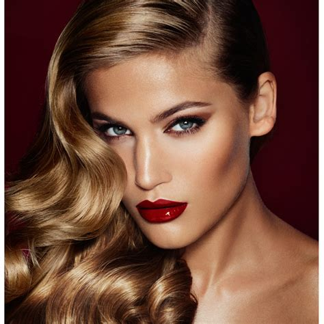 lipstick latest glamour the bombshell signature look charlotte tilbury