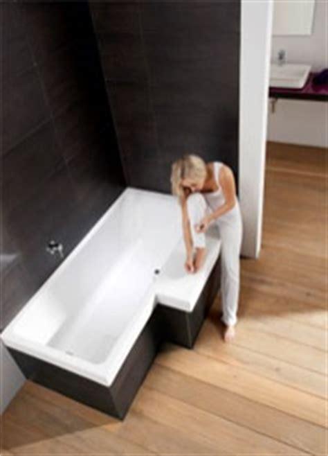 badezimmer l form badewanne stairway sitzfl 228 che im badezimmer