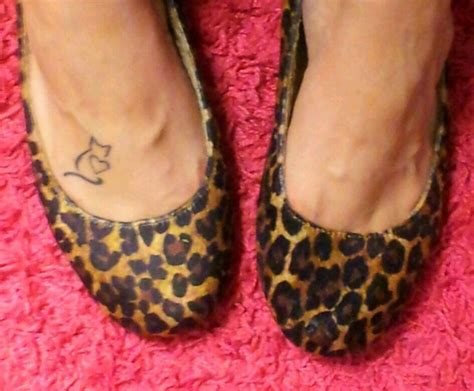cat foot tattoo designs 1000 images about cat stuff on cat