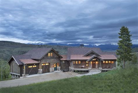 a colorado ranch style home is a of rustic warmth
