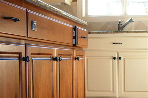 refinishing kitchen cabinets snaptrax co kitchen cabinet refinishing in tulsa tulsa paint co