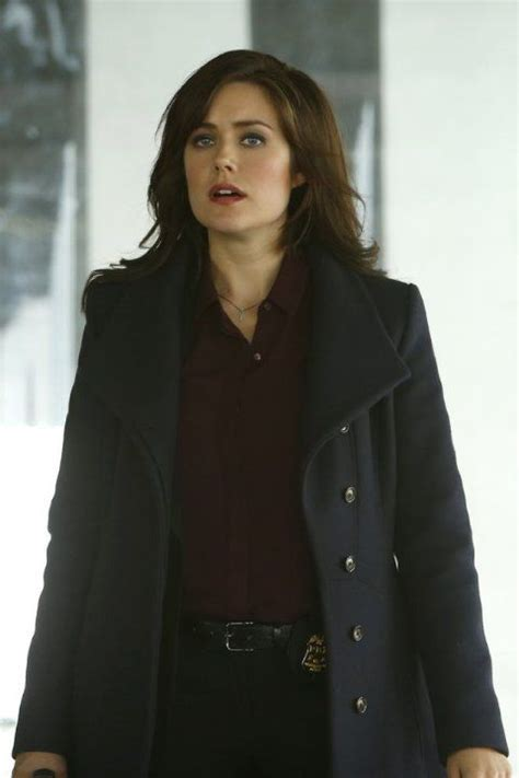 blacklist terrible hair and makeup 10 best megan boone images on pinterest megan boone the
