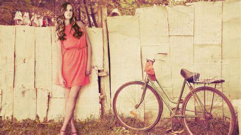 wallpaper hd vintage girl download wallpaper model bike bicycle vintage 1920x1080