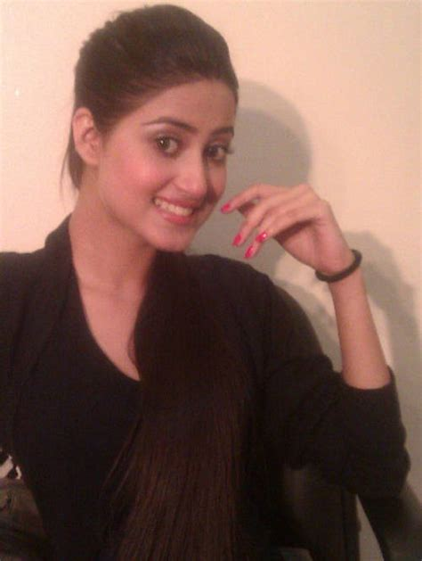 sajal ali without makeup hows she looking without wallpapers gallery sajal ali pakistani actress photos