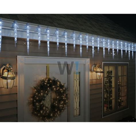 ge 19ct twinkling led ice crystal icicle set for indoor