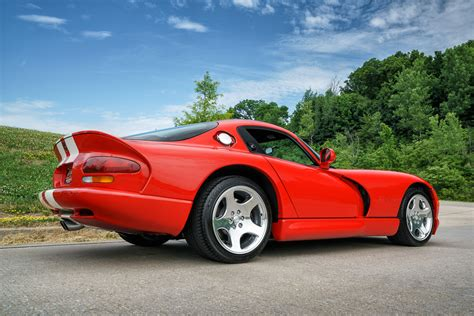 2002 dodge viper fast lane classic cars