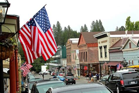 small country towns why the sierra and its foothills are a world class