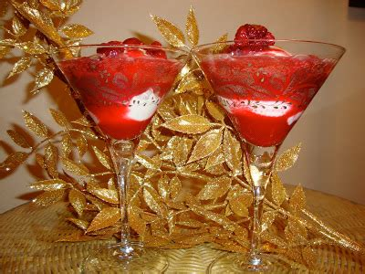 celebrate the new year with a fizzy raspberry lime sparkler at hungry vegan new year s raspberry sparkling cider fizz