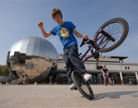 videos28771bmx bike tricks jumps how to do a bunny hop bmx tricks đừng để bị bịt mắt khi mua xe đạp bmx ch 237 nh h 227 ng