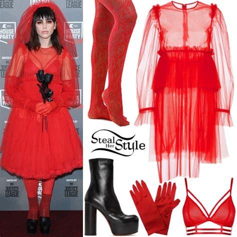 dua lipa outfits dua lipa lydia deetz costume steal her style