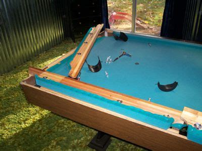 Cost To Refelt A Pool Table by 25 Best Ideas About Slate Pool Table On Bar