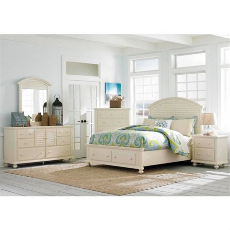 Broyhill King Bedroom Set by Broyhill Seabrooke 5 King Storage Panel Bedroom Set