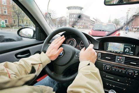 Hupe Auto by Anstand Im Stra 223 Enverkehr Benehmt Euch Bilder