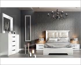 White Contemporary Bedroom Sets White Modern Bedroom Set 33131ca