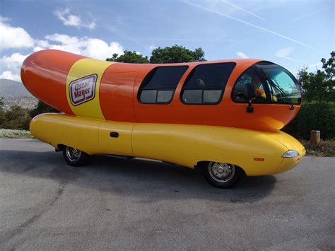 oscar mayer dogs start your engines you can now lease the oscar mayer wienermobile