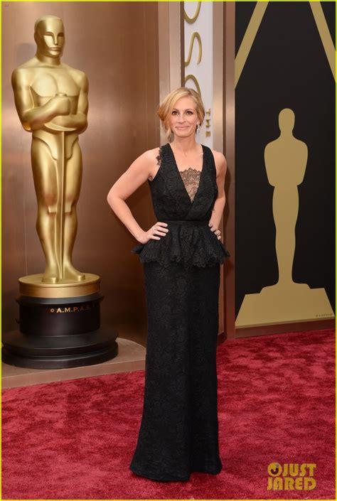 film oscar julia roberts full sized photo of julia roberts oscars 2014 red carpet