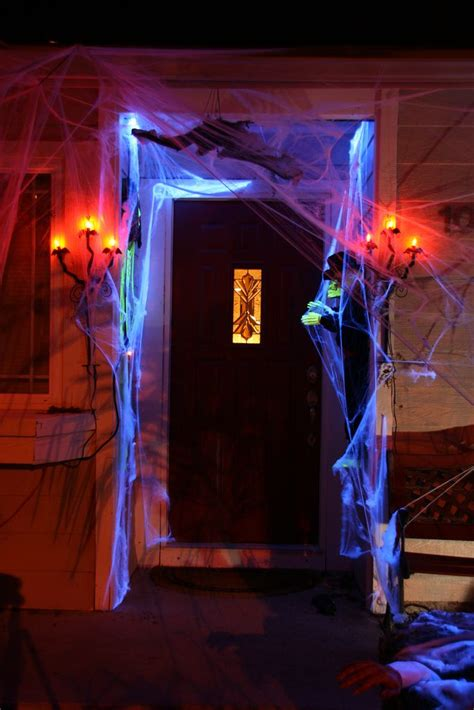 Haunted House Decor by 15 Haunted Decor Ideas For Your Front Porch