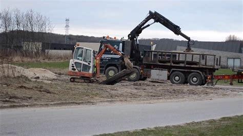 Kran Janitor minigraver og lastbil med kran