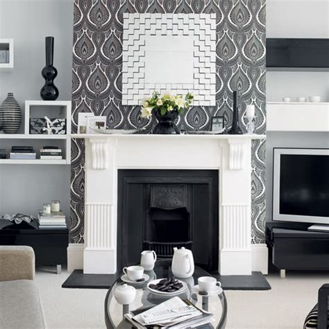 Black And White Living Room Decor 21 Black And White Traditional Living Rooms Digsdigs
