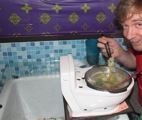 Would You Eat On A Toilet Seat by Would You Eat Out Your Food Out Of A Toilet 38 Pics