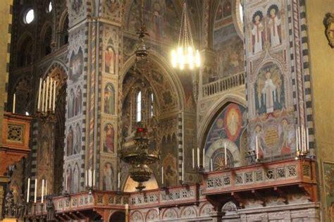 foto interno interno foto di basilica di sant antonio