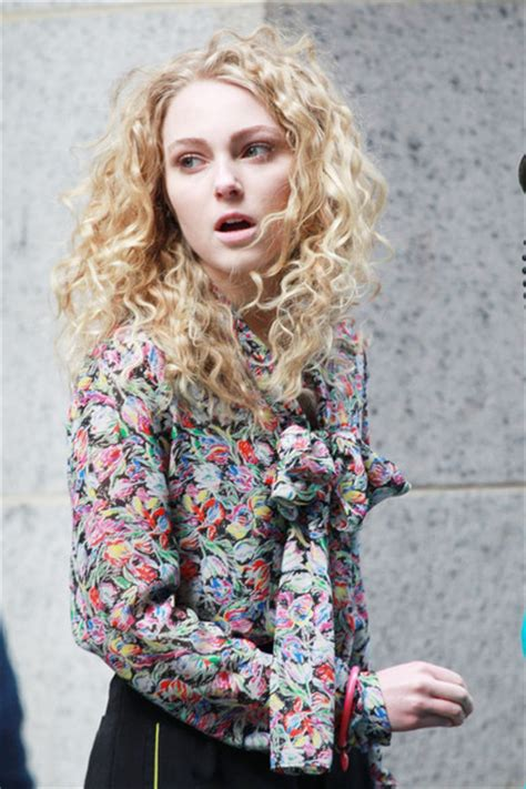 annasophia robb hair curly more pics of annasophia robb long curls 43 of 58