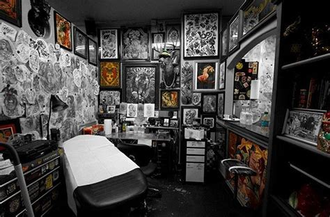 yakuza tattoo cbelltown leave no wall untouched cool shot of eno777 s booth from