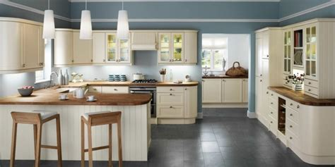 cream kitchen cabinets what colour walls kitchen paint ideas 43 suggestions on how to make a