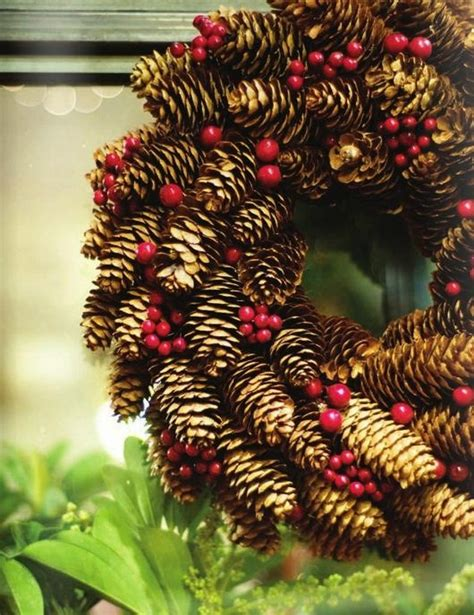 pine cone crafts ideas more pine cone craft ideas 18 pics