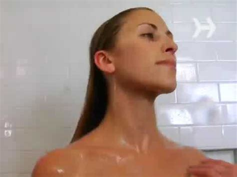 girls doing in bathroom young girl taking bath and doing massage youtube