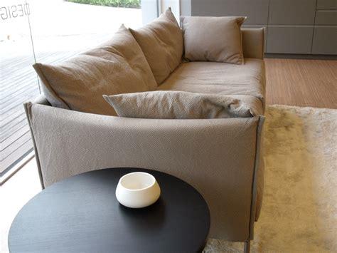 divani moroso outlet moroso divano gentry tessuto divani a prezzi scontati