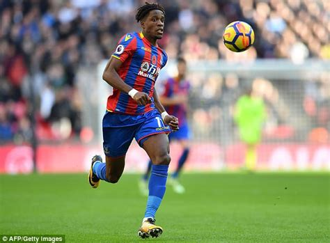 arsenal zaha arsenal identify wilfried zaha to replace alexis sanchez