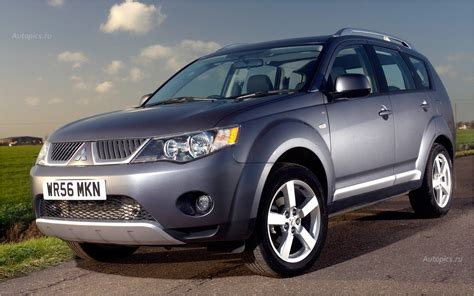 mitsubishi india carwale toyota land cruiser in india prices reviews html