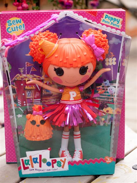 Lalaloopsy Giveaway - three cheers for lalaloopsy giveaway can 07 13 outside the box