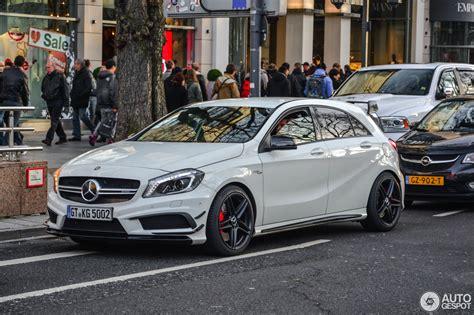 Merc A 45 Amg by Mercedes A 45 Amg 10 Januar 2016 Autogespot