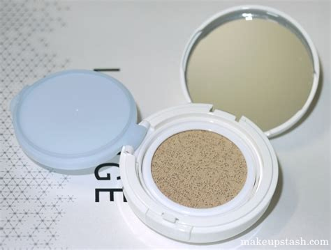 Laneige Bb Soothing Cushion review laneige snow bb soothing cushion spf 50 pa makeup stash
