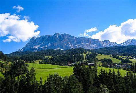 in montagna sopravvivenza in montagna nozioni base da sapere viaggiamo