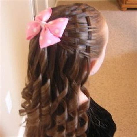 peinados nias moda cabellos peinados recogidos con rizos tattoo design