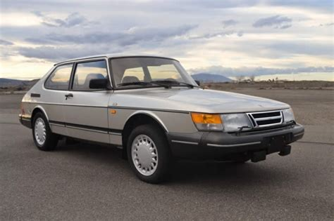 how things work cars 1991 saab 900 lane departure warning beautiful troll 1991 saab 900s coupe bring a trailer