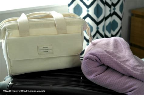 Packing Hospital Bag For Section by Packing Hospital Bag Ready For Caesarean Section The Oliver S Madhouse