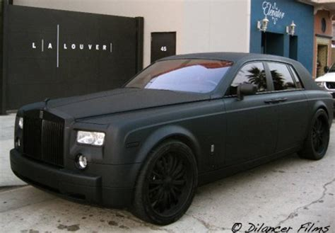 matte rolls royce ghost saw a matte black phantom rolls royce