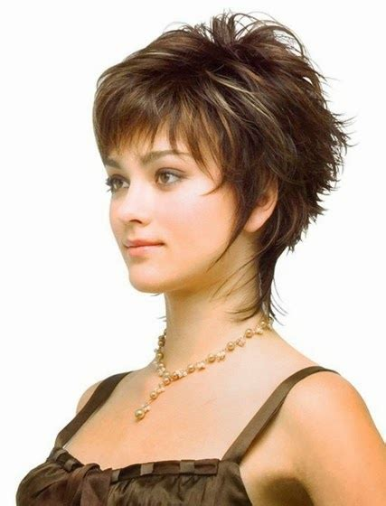 Kurze Frisuren Frauen by Look With Hairstyles For Hairstyles