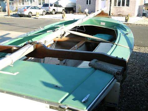 boat mfg companies anchor teal mfg
